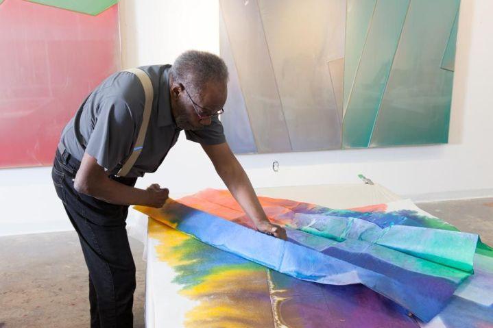 Artist Sam Gilliam in his studio (2015) Courtesy Blouin Art Info.  © KRISTINE LARSEN