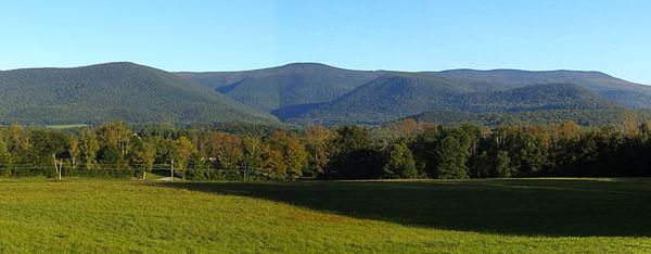 Mount_Greylock_Massive